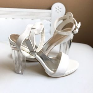 WHITE STRAPPY SANDAL WITH ACRYLIC HEELS